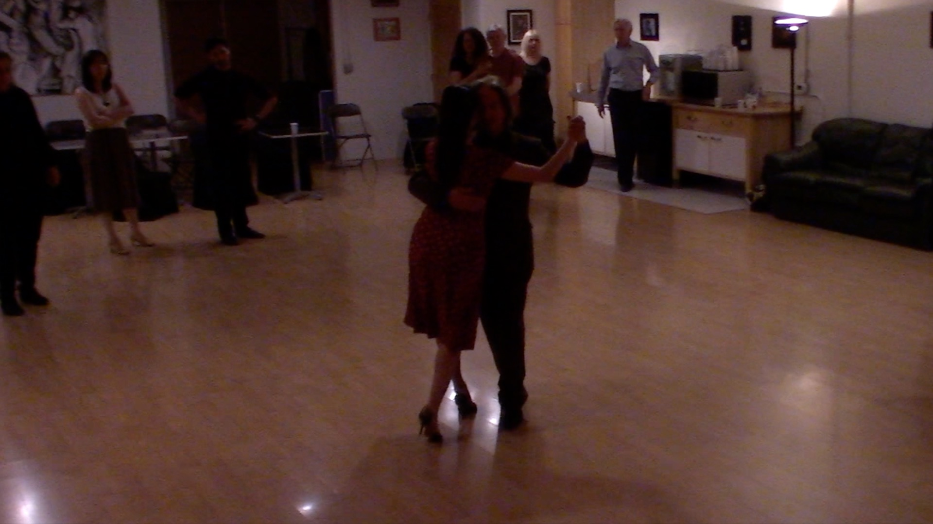 Argentine Tango dancing with Miranda: final review at our intermediate class