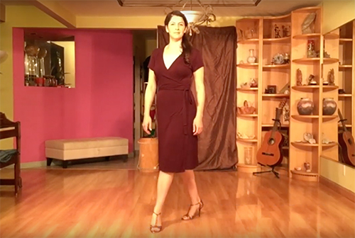 Argentine Tango follower's technique 10- Pivot and forward step