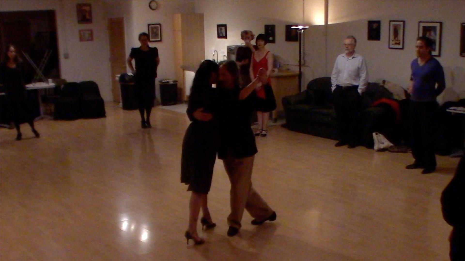 Argentine Tango intermediate class with Miranda: combining elements on the dance floor of milongas