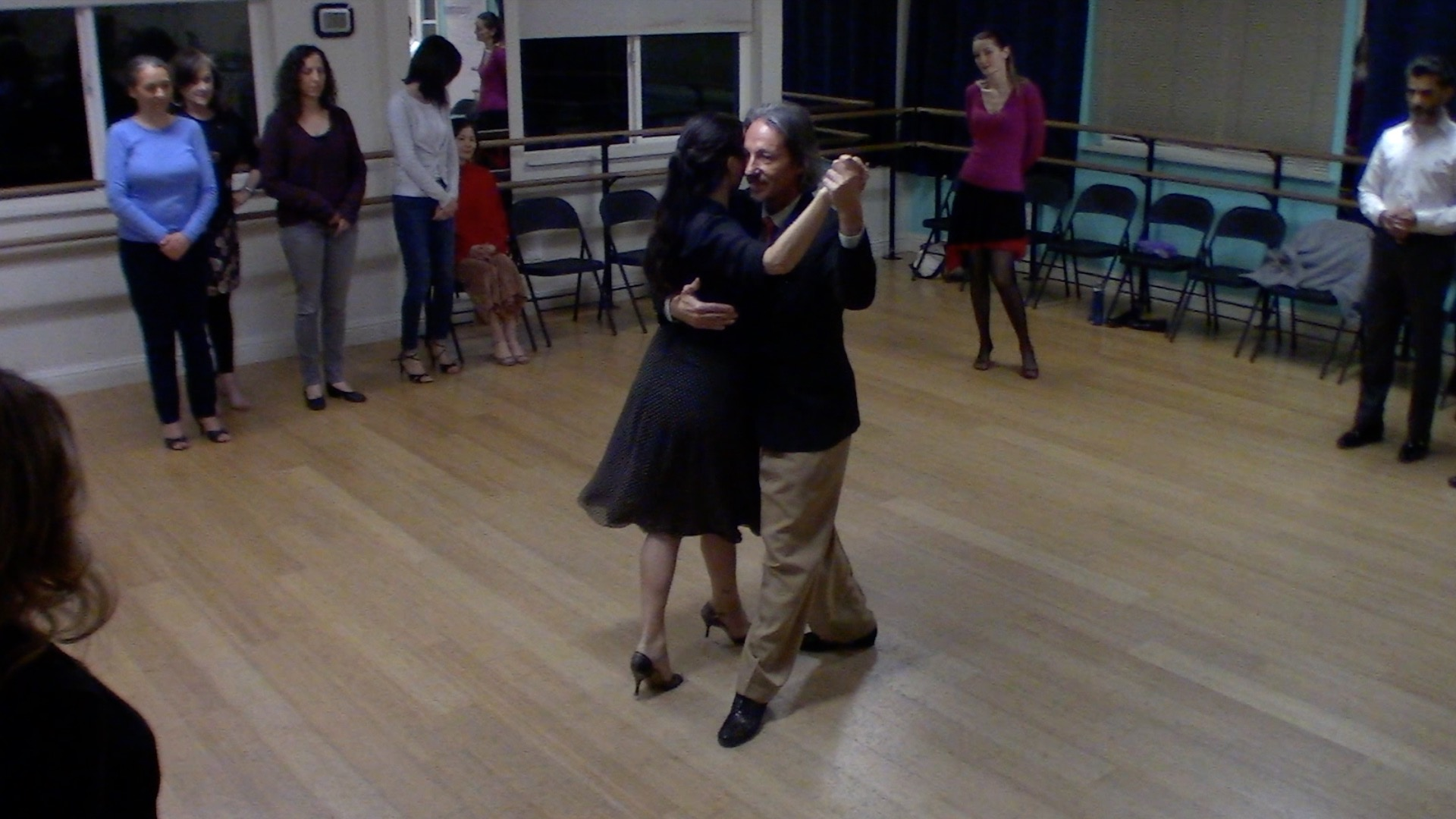 Argentine Tango intermediate class with Miranda: elements to use dancing at milongas