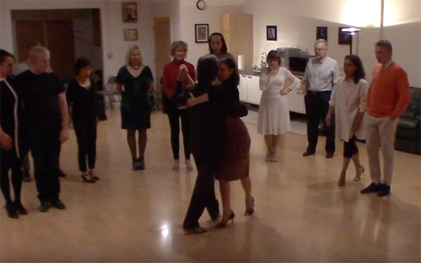 Argentine Tango intermediate class with Miranda_ Crossed system walk variations
