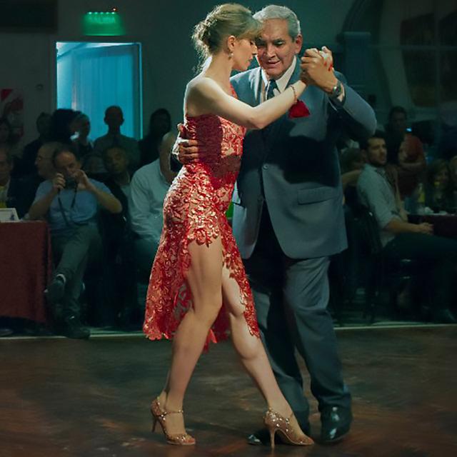 Blas Catrenau & Luciana Guido dancing Argentine Tango.