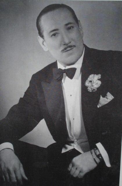 Juan Carlos Cobián. Argentine music at Escuela de Tango de Buenos Aires.