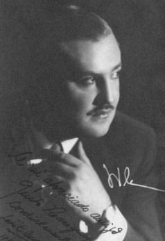 Luis Cesar Amadori. Music to learn to dance at Escuela de Tango de Buenos Aires.