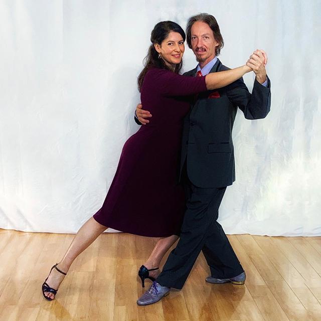 Marcelo Solis with Mimi teaching Argentine Tango virtual classes.