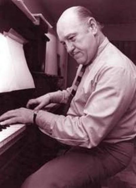 Virgilio Expósito. Argentine music at Escuela de Tango de Buenos Aires.