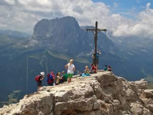Croce di Vetta Col Dla Pieres
