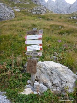 indicazioni vicino al rifugio