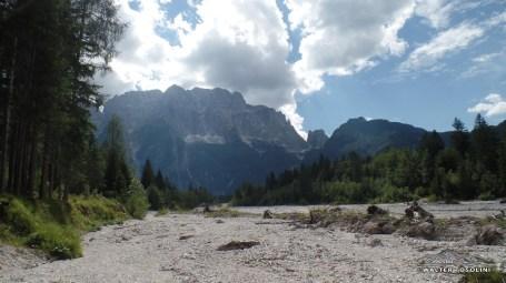 Dal torrente saisera verso il Montasio