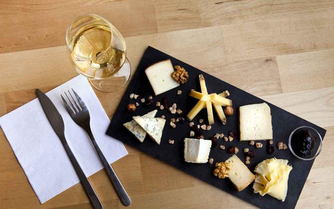 Vini e formaggi: l'abbinamento giusto