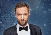 Photo of 🇸🇪 Måns Zelmerlöw drops new single 'Alone On Christmas Eve'