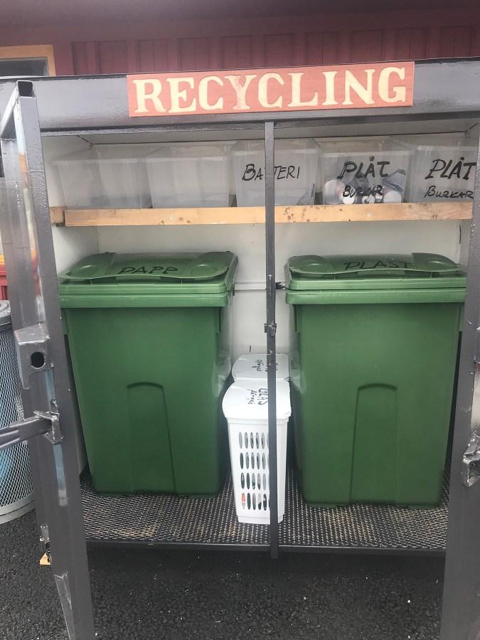 Slavenā zviedru atkritumu šķirošana.