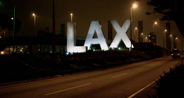 Thumbnail for: Criminal Charges at the Airport in L.A.