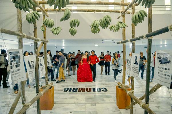 """Apertura 15 Salones Regionales. Curaduría """"Zonar: Estar en situación, perforar el contexto"""", IMCUT Bucaramanga Mayo 2015."""