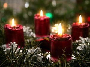 christmas_candlelight_living_desktop.jpg