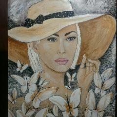 Mujer con pamela
