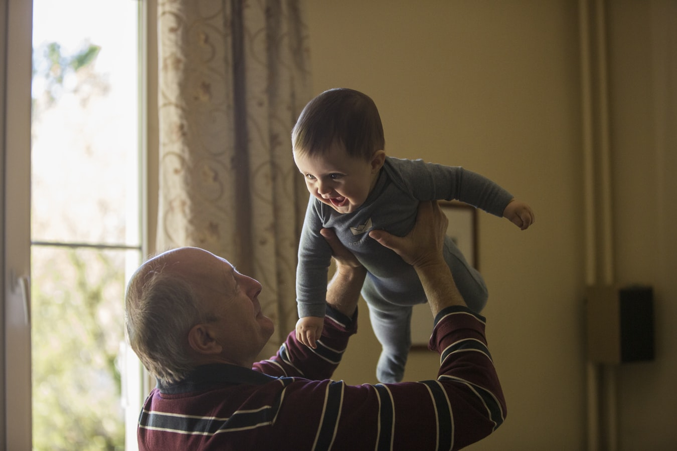 3 Special Things Grandchildren Can Learn From Their Grandparents