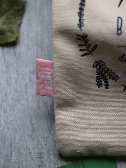 pochon à vrac kufu en coton bio blanc, couleur écru, épais et illustré avec des plantes