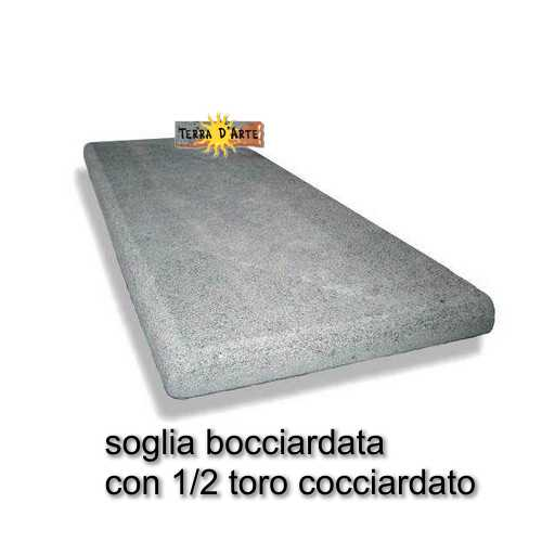 Soglie per porte e scale in pietra lavica terra d 39 arte for Scala in pietra lavica