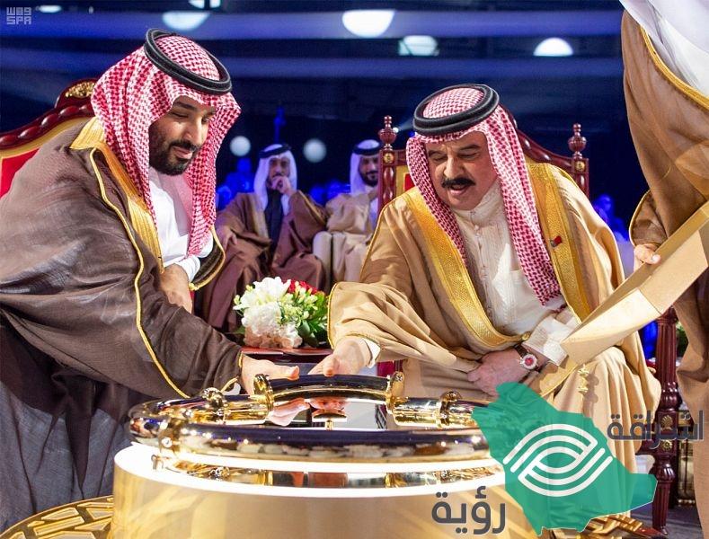 ملك البحرين وولي العهد يدشنان خط أنابيب النفط الجديد بتعاون سعودي بحريني