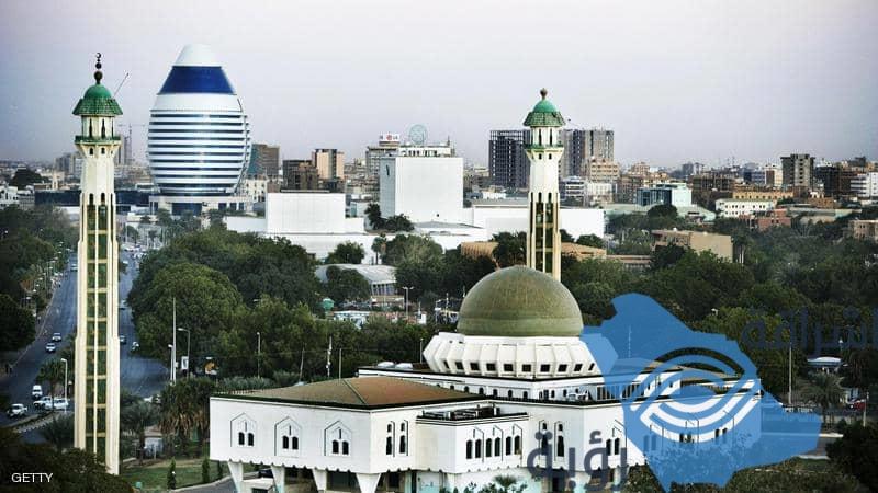 """رفع السودان من قائمة الإرهاب.. """"أوراق رابحة"""" في حقيبة حمدوك"""