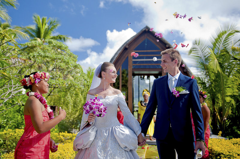 Bora_Bora_Destination_Wedding_25