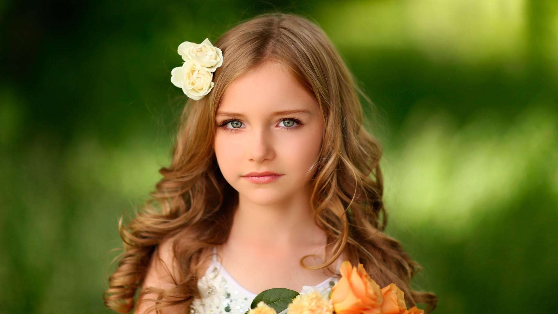 cute little girl wallpaper