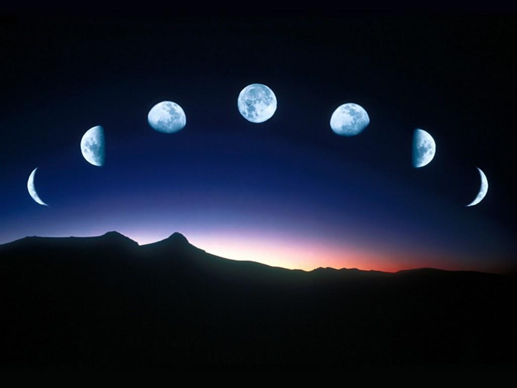 moon wallpaper 1024x768 47229