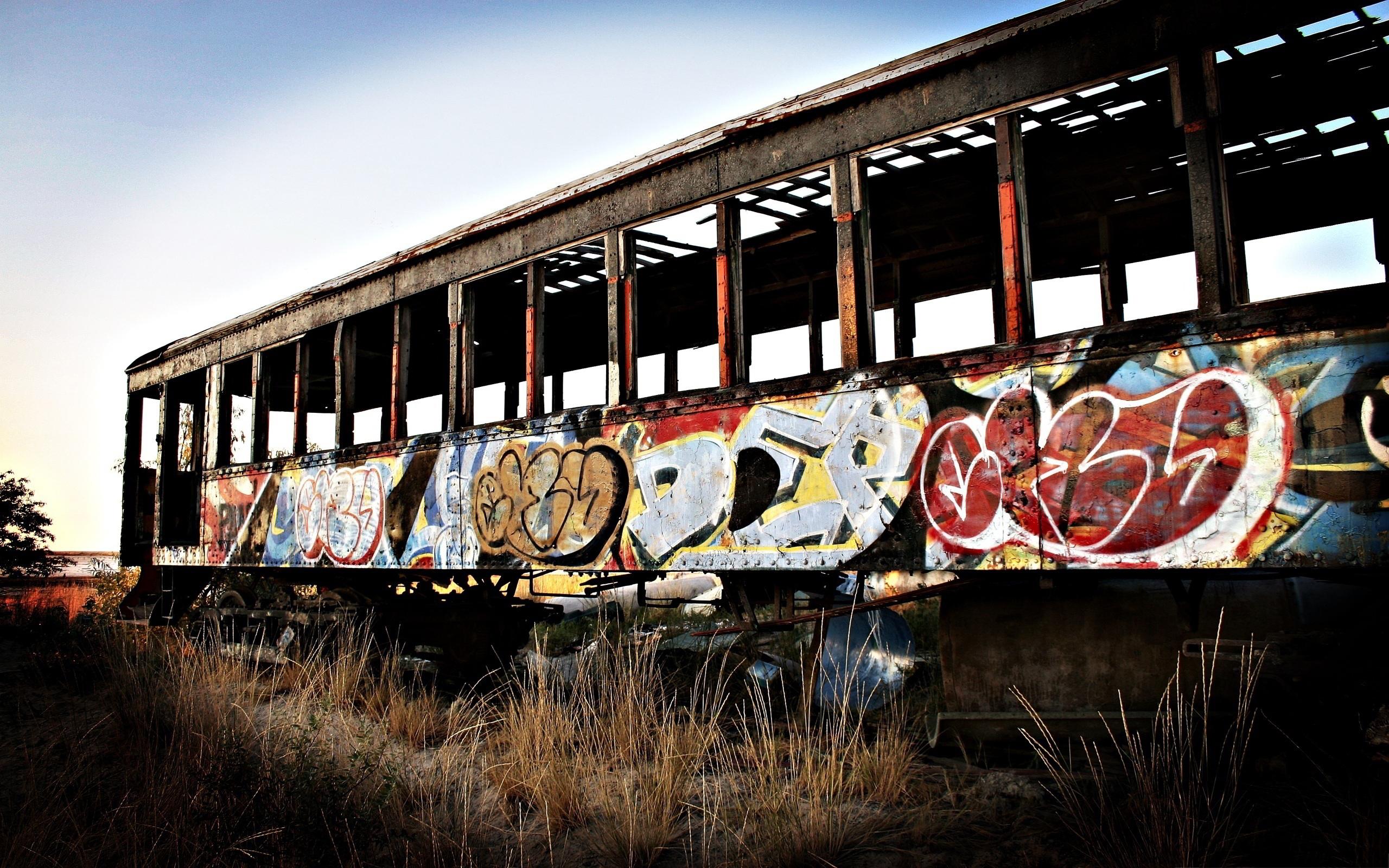 Train wagon graffiti wallpaper  2560x1600  11113