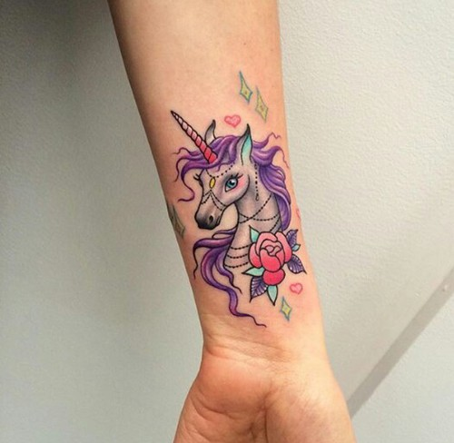 20 Tatuajes De Unicornio Que Vas A Querer Tener En Todo El Cuerpo