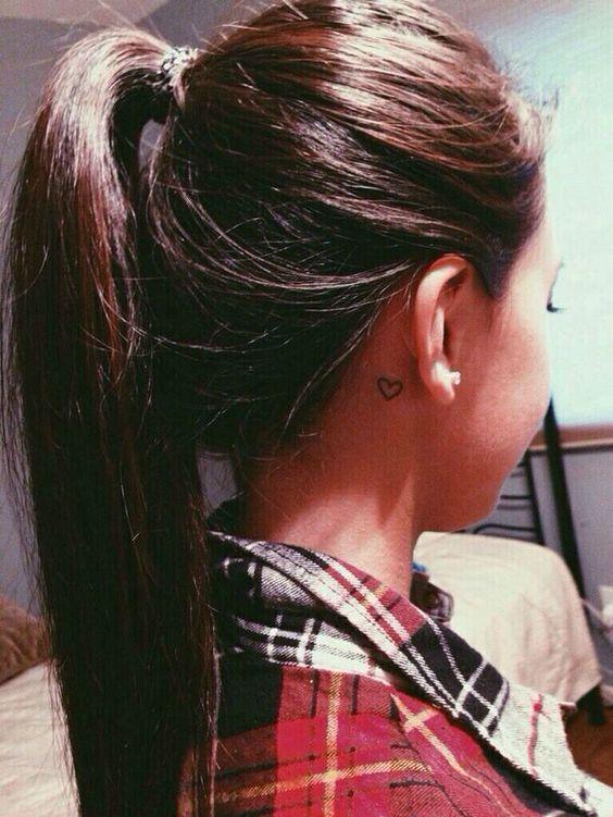 17 Tatuajes Femeninos Para Detrás De La Oreja