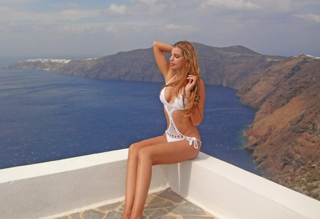 Endless infinity pool Santorini - Gizis hotel