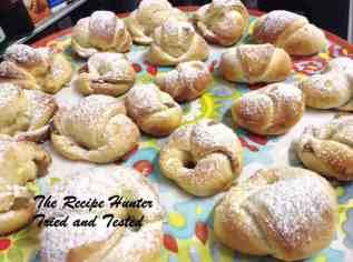TRH Apple Crescents ( Rogaliki)1