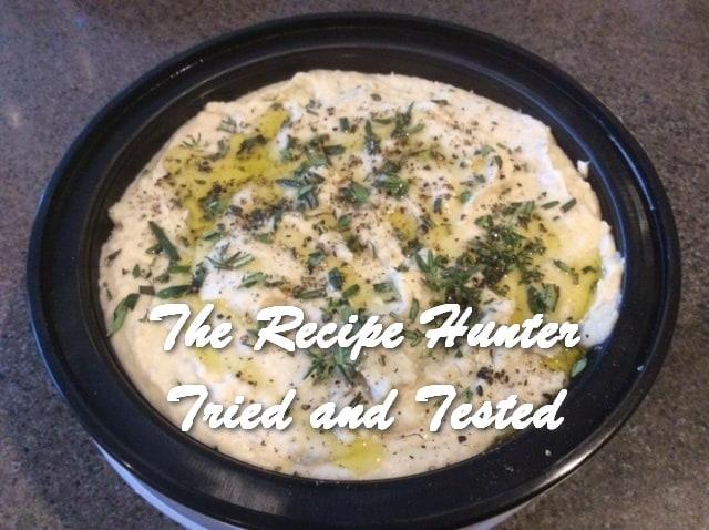 Es's White Bean and Herbs Hummus