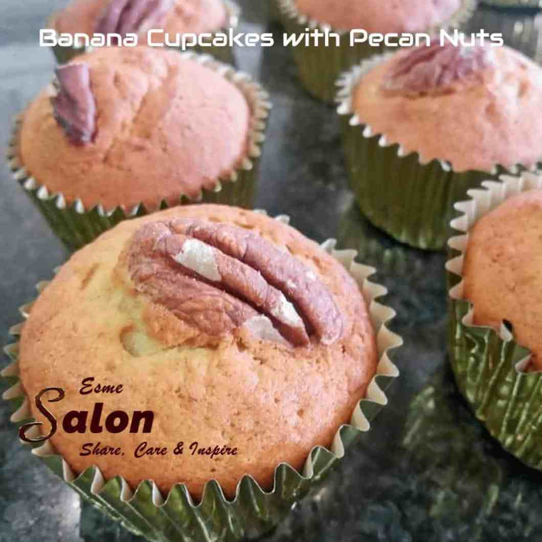 Banana Cupcakes with Pecan Nuts