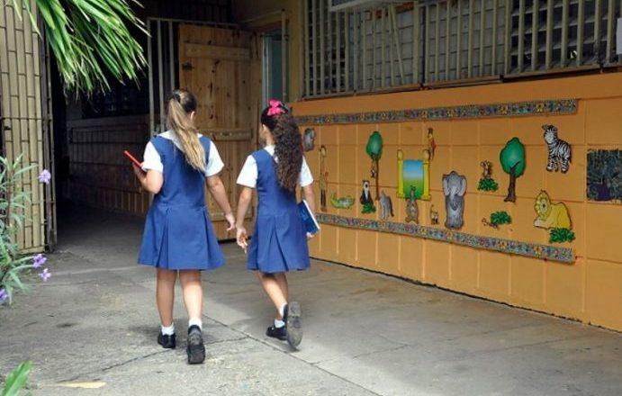 Educación anuncia segunda ronda de apertura de escuelas