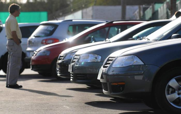 Justicia no sabe si investigará autos alquilados sin contrato