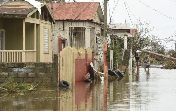 ¿Qué tener listo ante amenaza de tormenta o huracán?