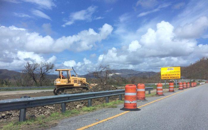 Rehabilitarán carreteras con $299 millones de FEMA