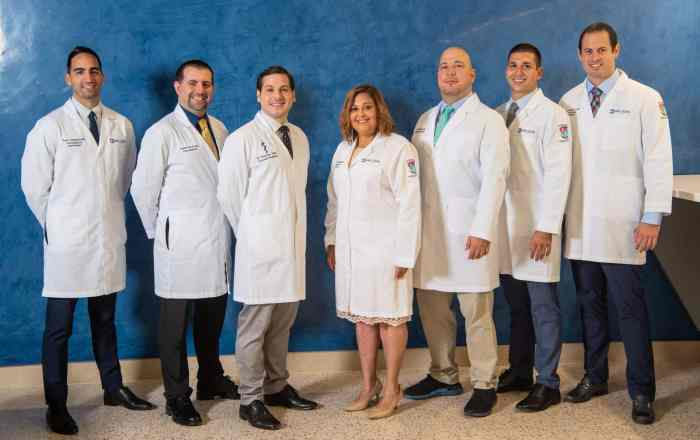 San Lucas gradúa 43 médicos especialistas
