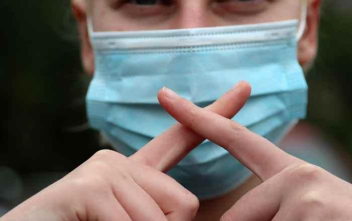 Epidemióloga pide limitar los eventos públicos en la Isla para frenar el alza y las muertes por coronavirus