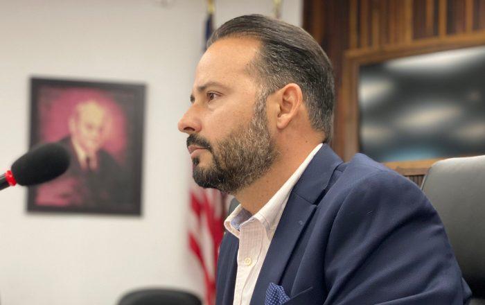 Alcalde de Villalba reacciona a merma en población