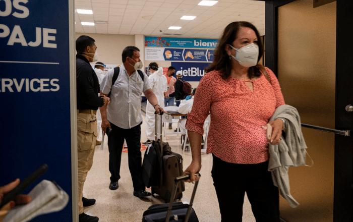 Aterriza primer vuelo comercial en Ponce desde el 2020