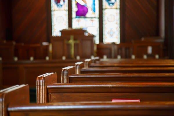 Escalan una iglesia en Luquillo
