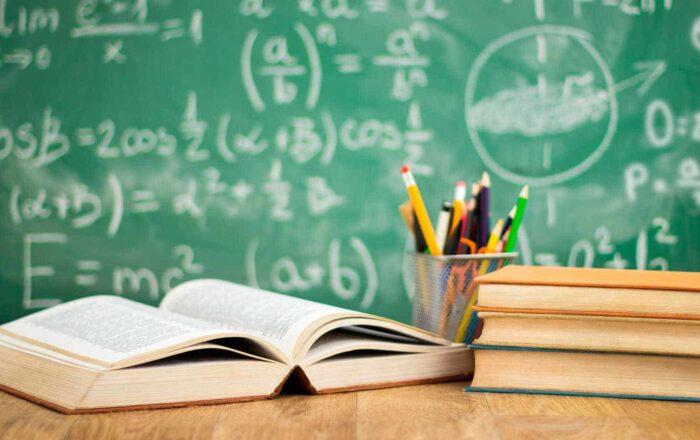 Gobernador pospone para el miércoles el reinicio de clases