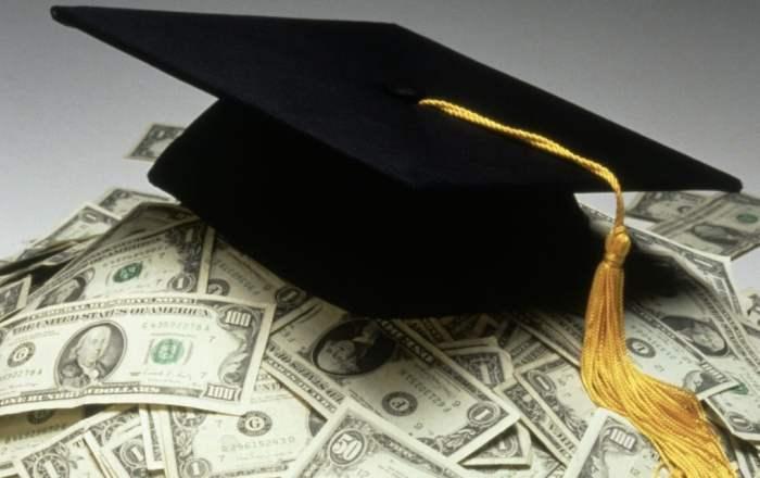 La UPR eliminará las deudas de sus estudiantes