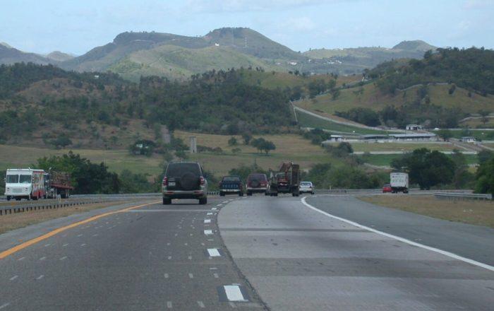 Informan cierre de carretera en Salinas