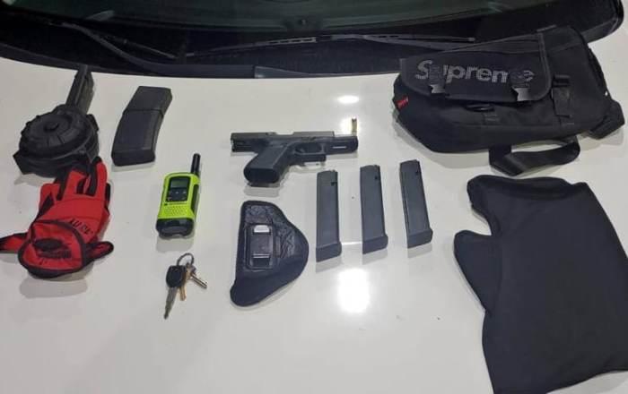 Policía realiza arrestos, recupera vehículos e incauta armas en Ponce