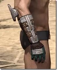 Argonian Dwarven Gauntlets - Male Right