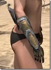 Dark Elf Dwarven Gauntlets - Female Right